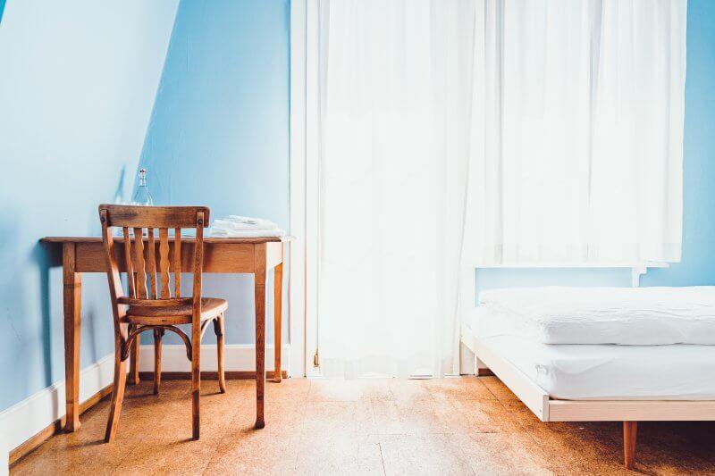9 Budget Friendly Bedroom Decorating Ideas